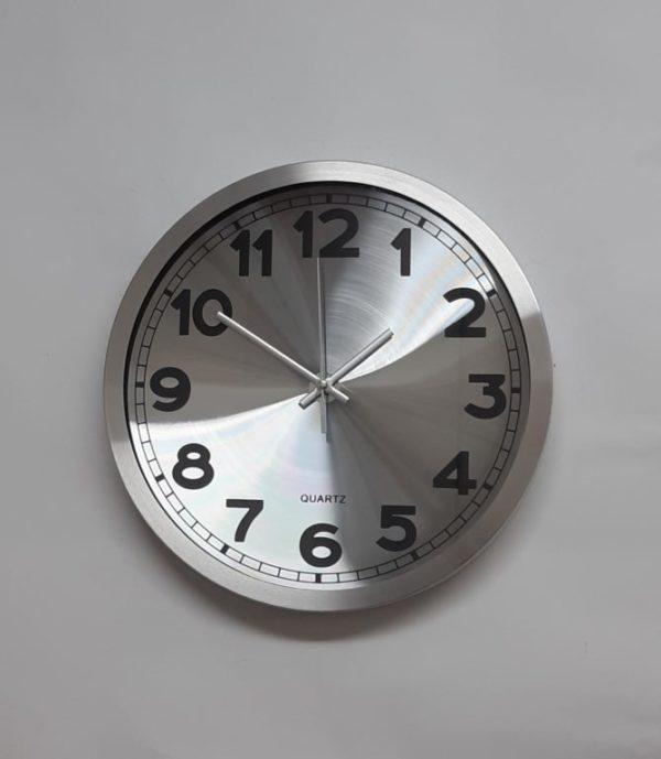 שעוני קיר מאלומיניום