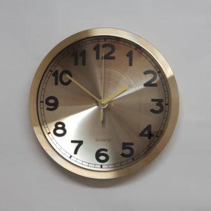 שעון קיר עיצוב אלומיניום