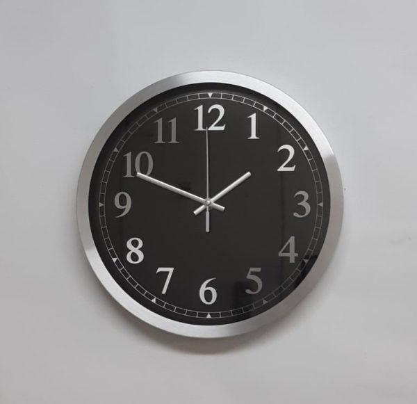 שעון קיר בעיצוב אלומיניום