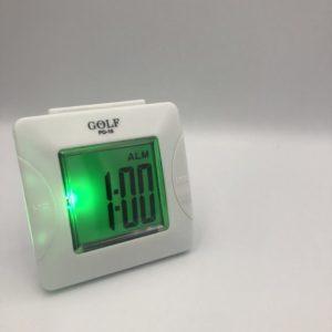 שעון מעורר קטן מבית גולף, עם 'נודניק' ואור 305SM-WH
