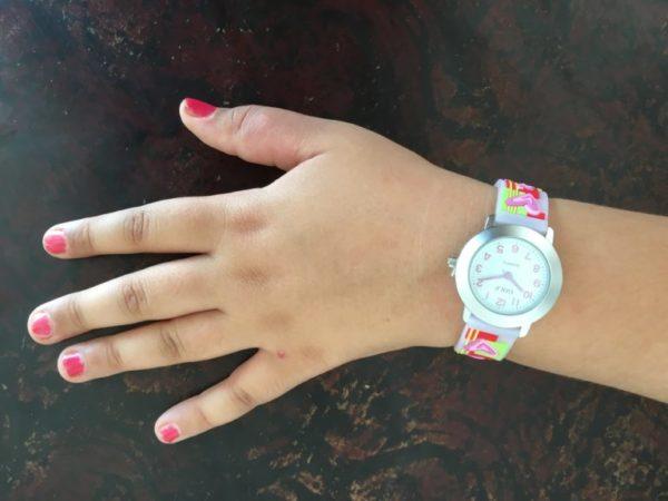 שעון יד לבנות לבבות-חלום מבית גולף - קולקציית קיץ 2020 - דגם SUM20HC06