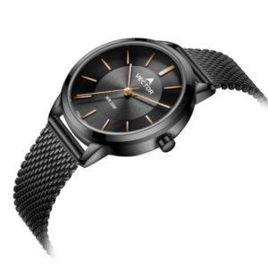 שעון יד קלאסי שחור מבית VECTOR עם מחוגים מוזהבים. דגם V9-0094535-1 Классические черные наручные часы от VECTOR с золотыми стрелками