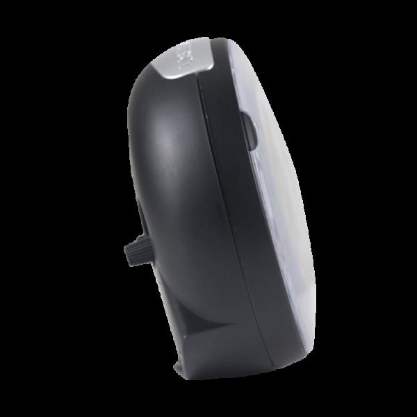 שעון מעורר מואר עם צפצוף נעים, בעיצוב עגול מודרני בצבע שחור. קולקציית גולף שקט 2000 דגם BB08604-BK