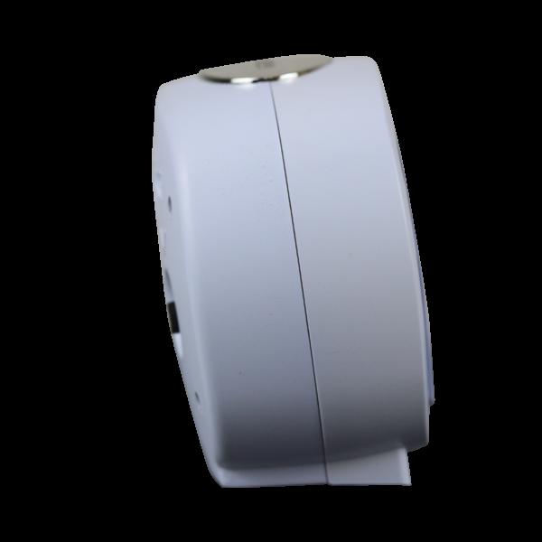 שעון מעורר אליפסי לבן, מסדרת גולף שקט 2000 עם תצוגה מוארת וברורה, דגם BB09007-WH