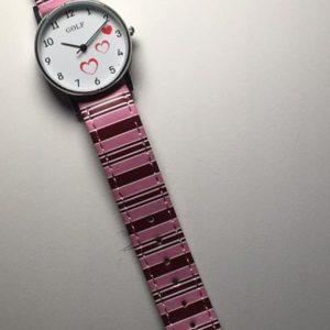 שעון יד גולף לבנות רצועות סטרייפס ורוד בורדו ורקע לבבות 977