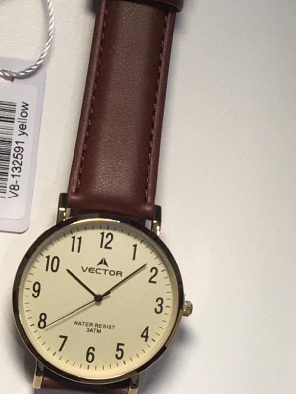 שעון יד מרשים ביותר קלאסי מודרני עם רצועות עור חומות חלקות ורקע עתיק נעים מקולקציית וקטור 2021 דגם V8-132991YELLOW