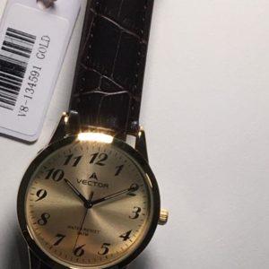 שעון יד קלאסי-יוקרתי עם רצועות עור וגווני זהב מקולקציית וקטור 2021 דגם V8-134591GOLD