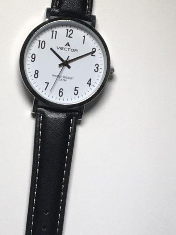 שעון יד רצועות עור נקי קלאסי מבית וקטור רקע לבן קריא במיוחד קולקציית 2021 דגם V8-133511WHITE