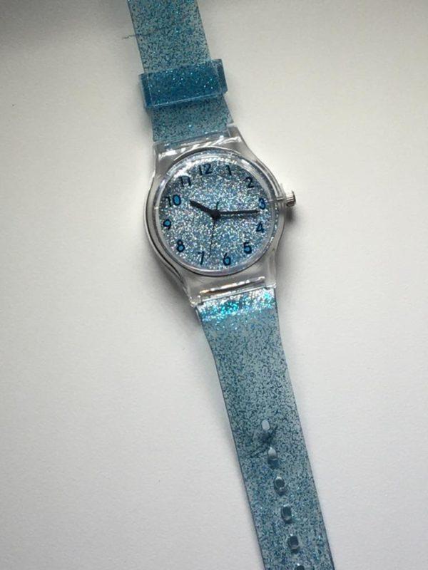 שעון נצנצים בצבעים: סגול  זהב  כסף  גווני כחול  גווני ורוד ואדום 7211404